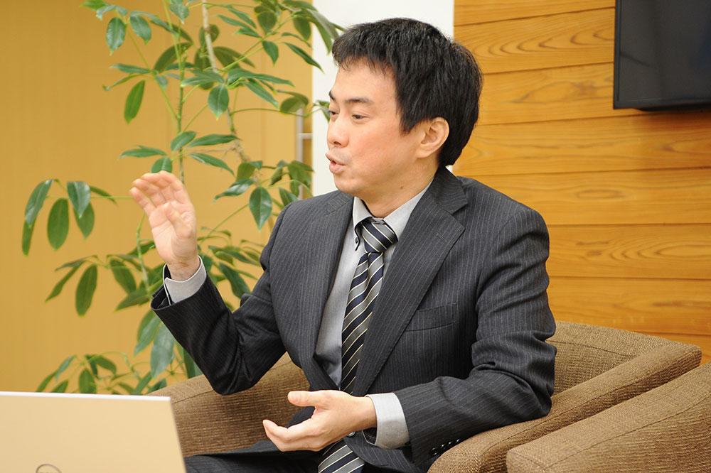 国際自動車IT推進課 澤井